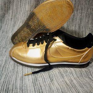 Gold Glitter Bottom Nike Cortez!